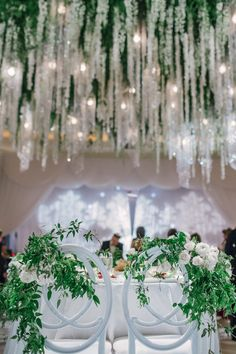 Beverly Wilshire Hotel partner, The Empty Vase Florist, creates elegant experiences for some of Beverly Hills' most prestigious events. Beverly Wilshire, Wilshire Hotel, Event Company, Chuppah, The Beverly, Green Accents, Flower Boxes, Green Wedding, White Roses