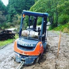 It'll do a lot, muddin' isn't one of them #forklift
