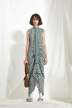 Joseph Resort 2018 Fashion Show Collection