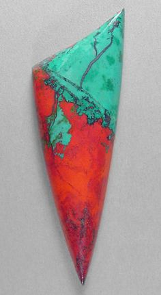 Sonora Sunrise designer cab Silverhawk's designer gemstones. Cuprite(red) and Chrysocolla(green)