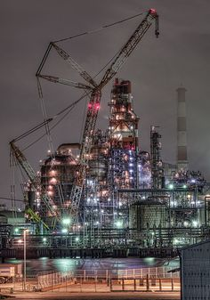 & Flexicoker Flexicoker - Spectacularly beautiful lights and steel without a ferris wheel.Flexicoker - Spectacularly beautiful lights and steel without a ferris wheel. Oil Platform, Crawler Crane, Oil Refinery, Tokyo Tower, Engin, Construction, Oil Rig, Heavy Machinery, Ex Machina
