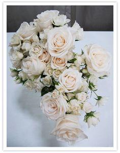 Bouquet de noiva clássico - Rosas - Aparecida-Helena