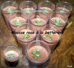 [Fred] Une recette simple et fraîche!    http://kazcook.com/blog/archives/270-Mousse-rose-a-la-betterave.html