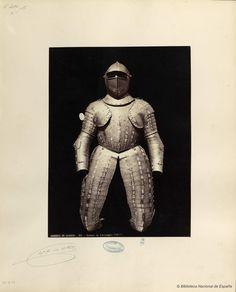 Armure de Christophe Colom.. Laurent, J. 1816-1886 — Fotografía — 1868?