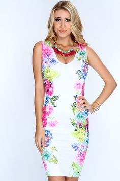 Keep your wardrobe up to date with this floral enchantment dress! Spice up your wardrobe this spring and add it to your wardrobe collection! Definitely a must have! It features floral print, v neck, sleeveless, and tight fitted. 96% Polyester 4% Spandex. Made in USA.