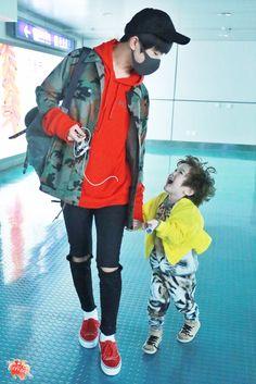 Jackson and Jackson moa moa Cute Asian Babies, Korean Babies, Asian Kids, Cute Babies, Dad Baby, Baby Kids, Baby Boy, Ulzzang Kids, Jackson Yi