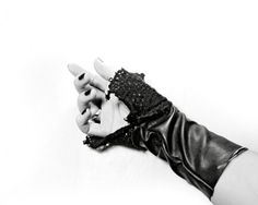 Unisex knit leather stretch black gloves