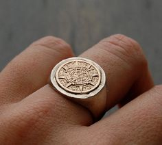 Vintage Sterling Etched Aztec Sun Calendar Ring by MintAndMade