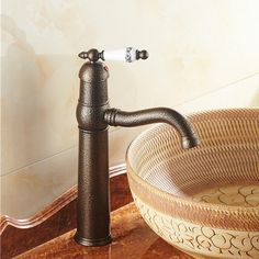 105.63$  Buy here - http://aliwrz.worldwells.pw/go.php?t=32339655572 - Free shipping european style antique bathroom basin sink mixer faucet brass luxury water taps with blue and white porcelain