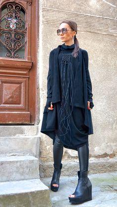 NUOVO Oversize ANGORA nero vestito sciolto / di Aakasha su Etsy