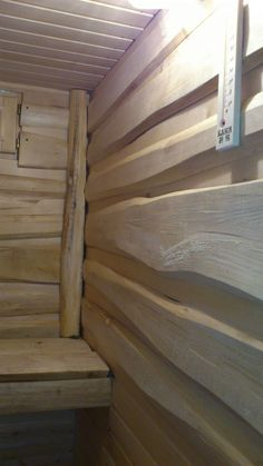 bath hand made linden Sauna House, Sauna Room, Diy Sauna, Scandinavian Saunas, Building A Sauna, Sauna Shower, Hot Tub Room, Sauna Design, Outdoor Sauna