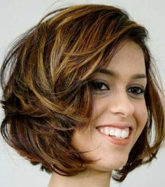 Chic Short Thick Layered Hairstyles for Women 2018