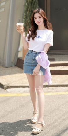 Best 10 Check out this Awesome latest korean fashion – SkillOfKing. Korean Girl Fashion, Korean Fashion Trends, Ulzzang Fashion, Kpop Fashion, Ulzzang Girl, Asian Fashion, Korea Fashion, Korean Outfits, Trendy Outfits