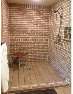 Vintage Brick Bathroom Floor Love It When I Get Time And Crafty - Distressed brick wall tiles