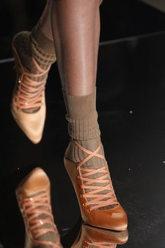Givenchy | Spring 2017 Ready-to-Wear collection | RTW fashion | Shoes