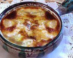 LE GRATIN DES GRATINS Pommes de terre. Voilà une recette professionnelle que j'ai servie des centaines de fois lorsque j'avais mon restaurant, en Normandie. Elle peut être préparée à l'avance et servie au fur et à mesure de l'arrivée des convives. Son mode de cuisson...