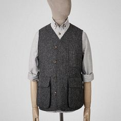 Charcoal grey wool bellows vest Garments made with the makers of the British Isles Cold Wear, Hunting Vest, Work Jackets, Charcoal, Menswear, Mens Fashion, Wool, Sociology, British Isles