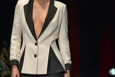 LeSmoking Collection. White and Black Jacket