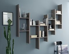 The Domitalia Game modular shelving unit is a very unique shelving option for your home thanks to its wonderfully modern design. Large Wall Shelves, Wall Shelf Decor, Floating Shelves, Glass Shelves, Shelf Furniture, Home Decor Furniture, Diy Home Decor, Bookshelf Design, Wall Shelves Design