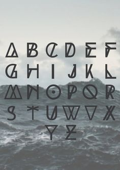 High Tide free font via Bloggokin
