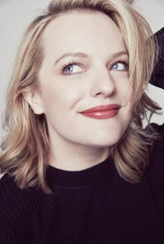 Elisabeth Moss photographed for Variety. Elizabeth Moss, Ella Moss, Pretty People, Beautiful People, Model Tips, This Is Us Movie, Getting Back In Shape, Invisible Man, Film Review