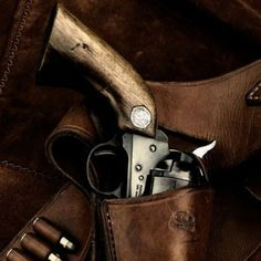 Colt revolver and handmade leather belt and holster Rifles, Red Dead Redemption, Cool Guns, Awesome Guns, Le Far West, Guns And Ammo, Old West, Tactical Gear, Firearms