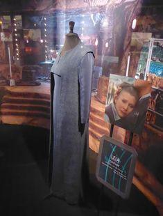 Star Wars: The Force Awakens General Leia Organa costume