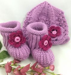 Pink Baby Hat and Booties 6-12 months Hand knit Caron Simply Soft Blackberry