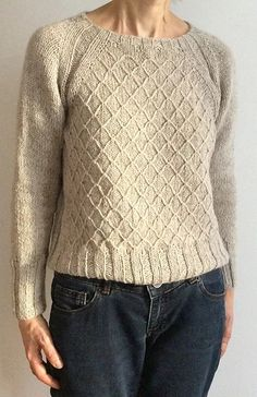 Ravelry: Louvre Pattern By Hinterm Stein - Diy Crafts Hand Knitted Sweaters, Sweater Knitting Patterns, Easy Knitting, Knit Patterns, Knitted Hats, Ravelry, Casual Sweaters, Sweaters For Women, Cardigans