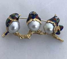 """3 BIRDS 18K Y GOLD BROOCH ENAMEL & 3 LARGE JAPANESE CULTURED PEARLS 17.3 GR approx. 2"""" long. Pearls are 10.5 mm Pin is stamped 18K Italy & """"COM"""" ask $1530.us #GoldBrooches"""