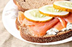 Cucumber tea sandwiches, Smoked salmon and Tea sandwich recipes on ...