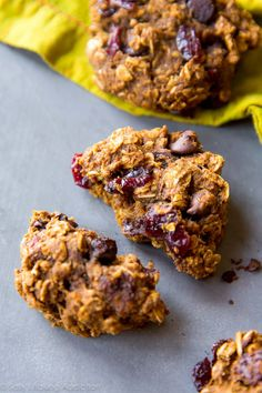 ... pumpkin chocolate chip oatmeal cookies with dried cranberries! Easy