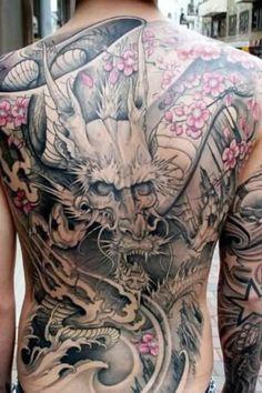 Full Back Tattoo-Designs und Themen dragon tattoo for men Full Back Tattoo-Designs und Themen Back Cross Tattoos, Cool Back Tattoos, Back Tattoos For Guys, Back Tattoo Women, Tattoos Skull, Irezumi Tattoos, Girl Tattoos, Geisha Tattoos, Japanese Tattoos For Men