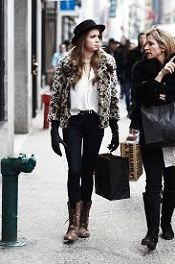 Ugg Boot Moda Outfit