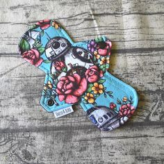 21cm Cloth Pad  MODERATE Absorbency  Floral Wars