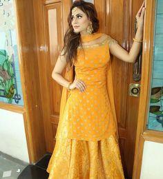 Fashion dress selection of designer dresses Pakistani Dresses, Indian Dresses, Indian Outfits, Indian Clothes, Lehenga Designs, Saris, Kurti Skirt, Look Short, Indian Designer Suits