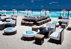¿Qué mejor lugar para realizar tu evento que en las playas de Cancún? Elije tu hotel en Cancún y pasa una tarde ideal. Conoce el JW Marriott Cancún Resort & Spa