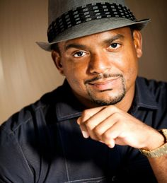 Alfonso Ribeiro IS NOT DOMINICAN... (Prince of Bel-air) A very talented and handsome actor... Ribeiro was born in New York in the Riverdale section of the Bronx, to parents from Trinidad and Tobago, Michael and Joy (De Leon) Ribeiro