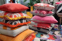 Can't have enough Bonne and Neil cushions in my house - I just love them! Our Bonnie and Neil cushions at Life In Style. Rock Oyster, Oyster Festival, Bonnie And Neil, Colourful Cushions, Shared Bedrooms, Poufs, Floor Cushions, Soft Furnishings, Furniture Decor