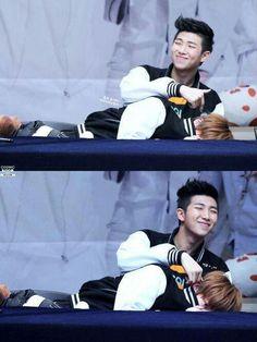 NamJIn...please...you're in public