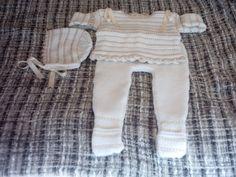conjunto 3 piezas, en crudo y camel combina lana y perlé suaveeeeeeee