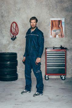 """Arbeitsbekleidung die perfekt zusammenpasst! Die """"Classic"""" Bundhose und Arbeitsjacke mit den S1P Sicherheitsschuhen """"Jogger"""". Hochwertige Berufsbekleidung von Würth MODYF"""