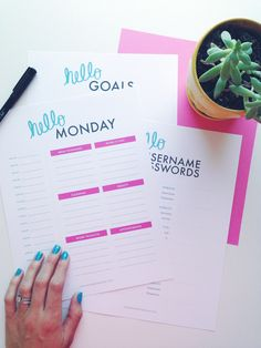 Free Organization Printables by Hello Monday Design Weekly Planner | Printable Planner | Goal Planning Checklist | Username/Password Organizer