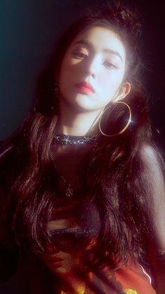 Imagem de kpop, red velvet, and bad boy Cada vez Seulgi, Irene Red Velvet, Red Velvet Photoshoot, Loona Kim Lip, Velvet Wallpaper, Red Valvet, Soyeon, Kpop Aesthetic, Bad Boys