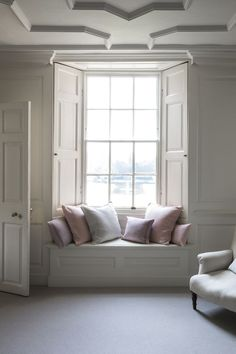 We're falling in love with these linen cushions and the way they complement this soft shade interior #StylishLounge