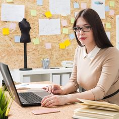 Tips : – How to choose computer reading glasses for women online in India. Computer Glasses, Prescription Sunglasses, Mens Glasses, Eyeglasses For Women, Glasses Frames, Reading Glasses, Reading Tips, India Online, Lady