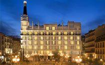 """Cap. 12 p. 50. """"Al llegar a Madrid, vas directamente al Hotel Victoria."""" Esta es un foto del hotel Victoria."""