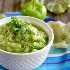 #235251 - Raw Tomatillo Salsa Recipe