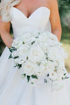 Elegant all white bridal bouquet Ashton Gardens Atlanta Wedding Flowers by Design House Weddings Atlanta, GA
