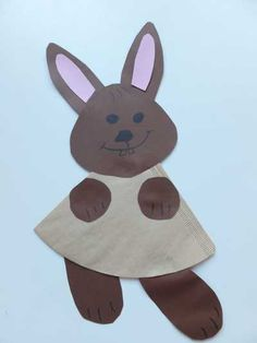 """Easter bunny from a filter bag - Make filter bags craft ideas kindergarten The section """"craft ideas kindergarten"""" offers suggestions - Jellyfish Drawing, Jellyfish Painting, Jellyfish Tattoo, Jellyfish Quotes, Jellyfish Facts, Jellyfish Tank, Watercolor Jellyfish, Jellyfish Light, Jellyfish Aquarium"""